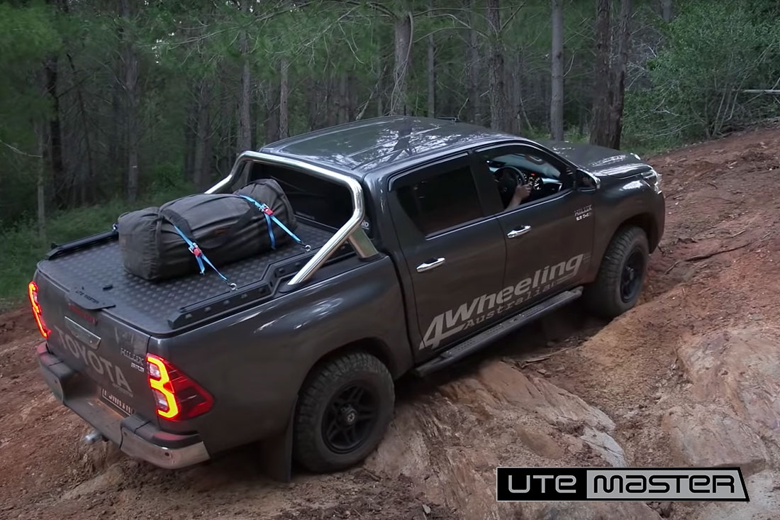 Hilux Offroad with Utemaster Ute Hard Lid Load Lid